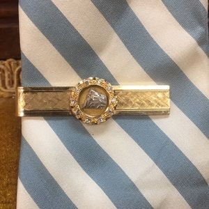 14k Tie clip with diamonds